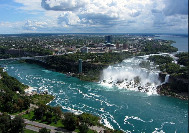 Top 15 most visited tourist attractions in the world for Top new york tourist attractions