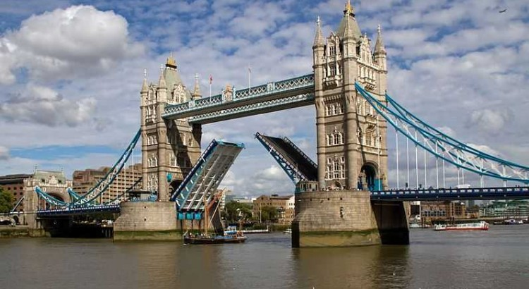 Top 10 Most Famous Bridges in the World