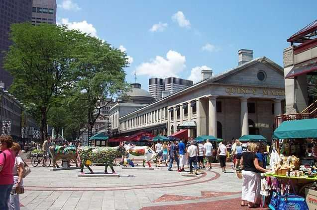 Quincy Market, things to see in Boston