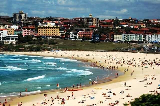 Bondi Beach, tourist attractions in Sydney