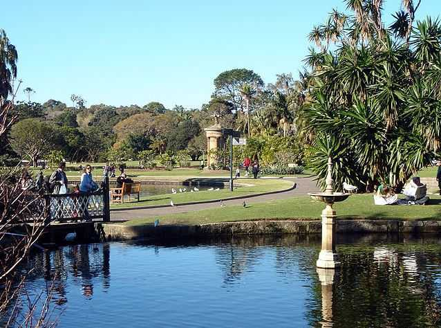Royal Botanic Gardens, tourist attractions in Sydney