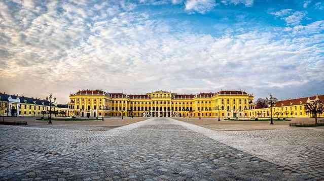 Schonbrunn Palace, things to see in Vienna