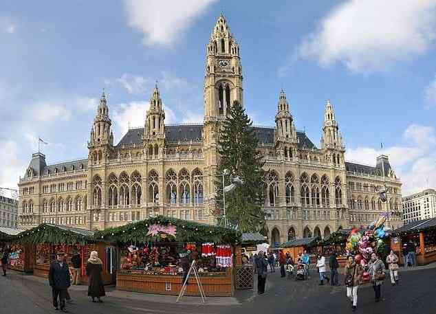 things to do in Vienna, Wiener Rathaus
