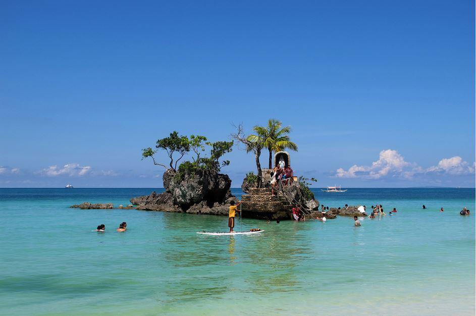 Top 10 Best Island Reefs around the World, Boracay