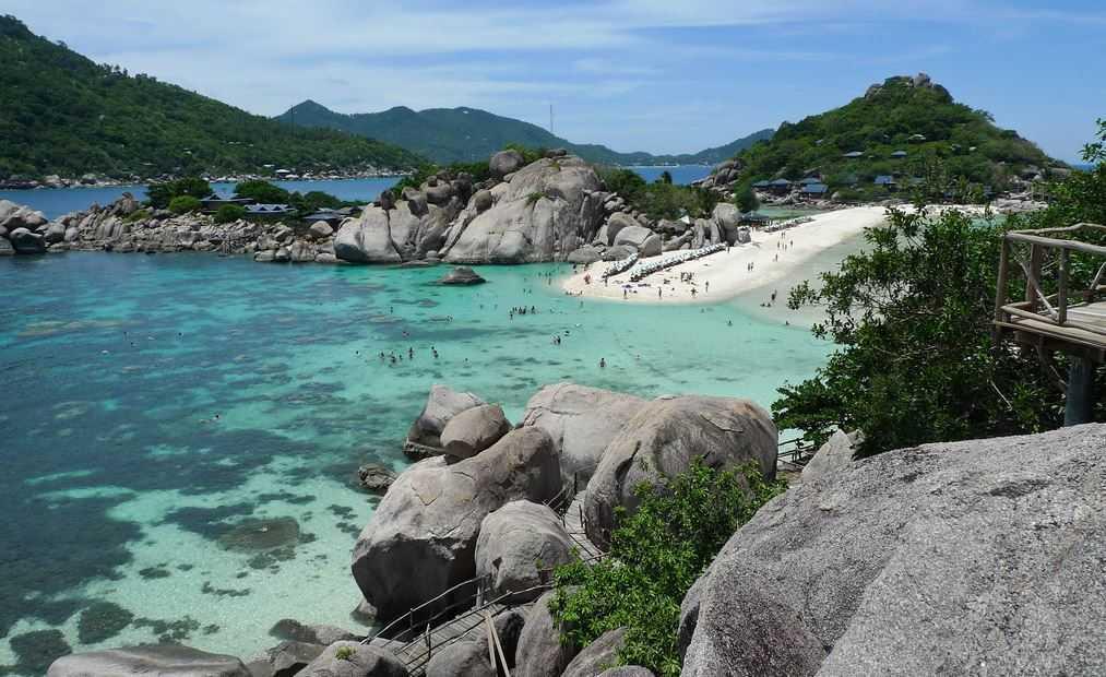 Top 10 Best Island Reefs around the World, Koh Tao