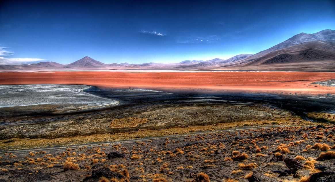 Top 10 Most Beautiful Lakes around the World, Laguna Colorada