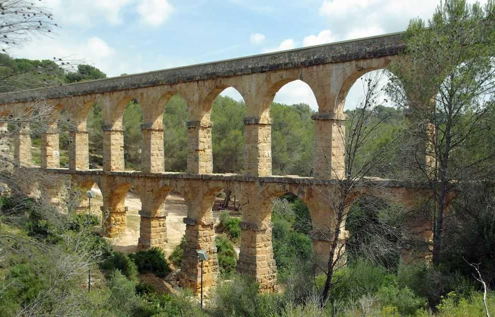 Top 10 Most Impressive Ancient Aqueducts, Les Ferreres Aqueduct