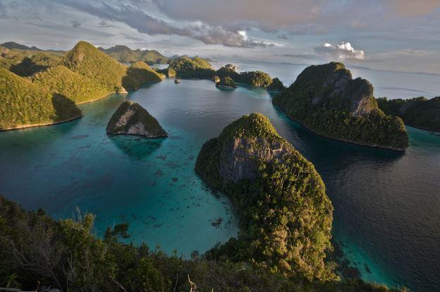 Top 10 Best Island Reefs around the World, Raja Ampat