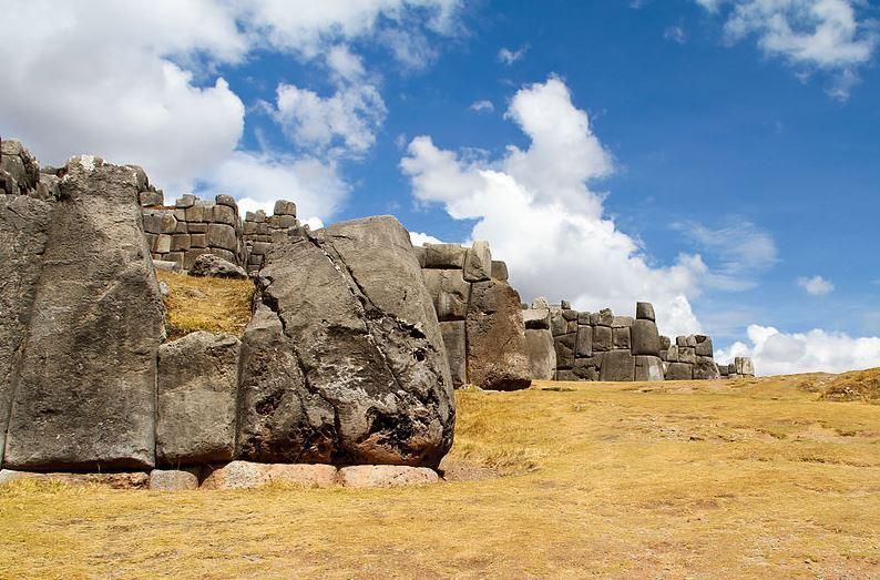 Top 10 World Famous Walls, Sacsayhuaman