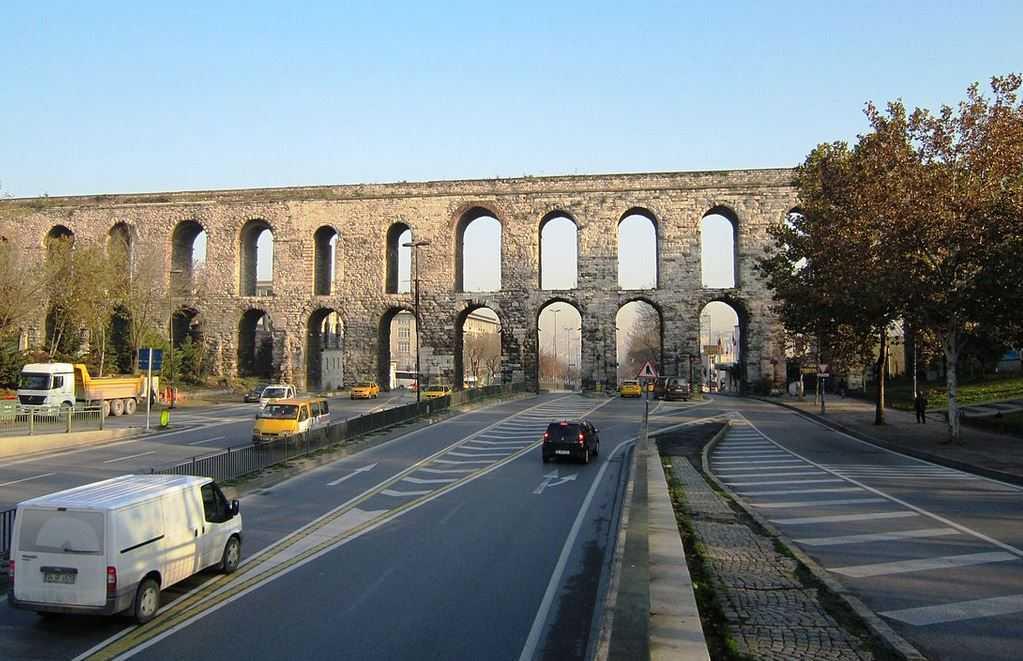 Top 10 Most Impressive Ancient Aqueducts, Valens Aqueduct