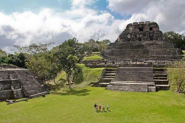 Top 10 Tourist Attractions in Belize, Xunantunich