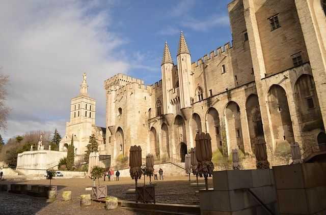 Palais des Papes, France tourist attractions