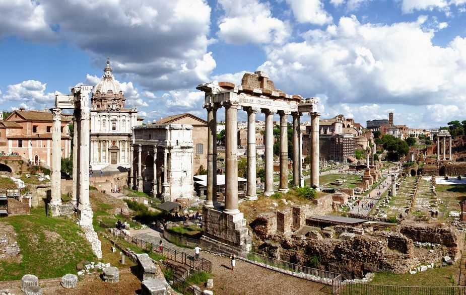 Roman Forum, Roman architecture