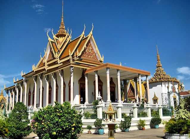 Silver Pagoda, visit Cambodia