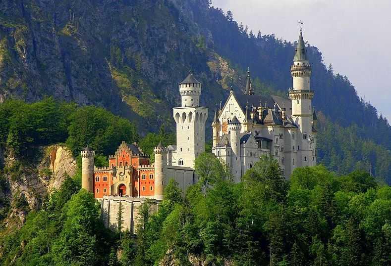 Neuschwanstein, tourist attractions in Germany