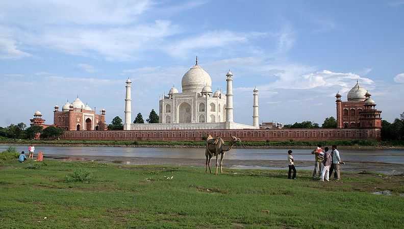Taj Mahal, tourist attractions in India