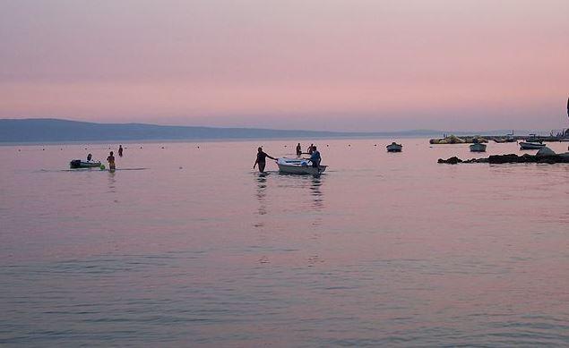 best-beaches-in-croatia, Omis Beach
