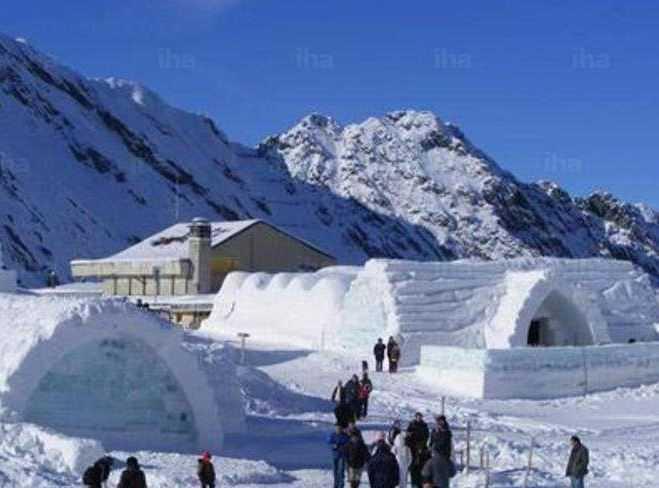 Balea Ice Hotel,