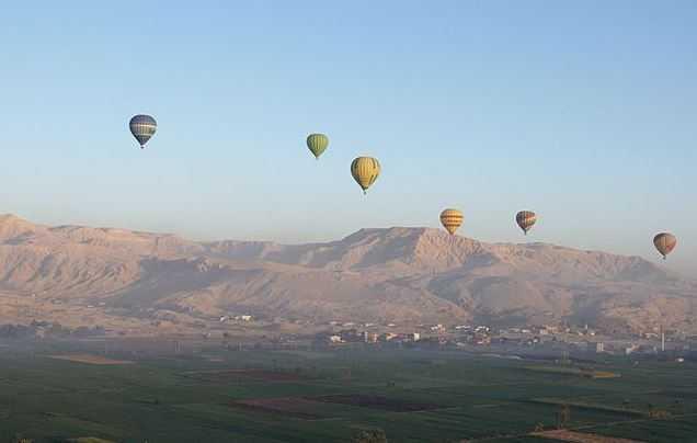 top 10 best hot air balloon rides around the world